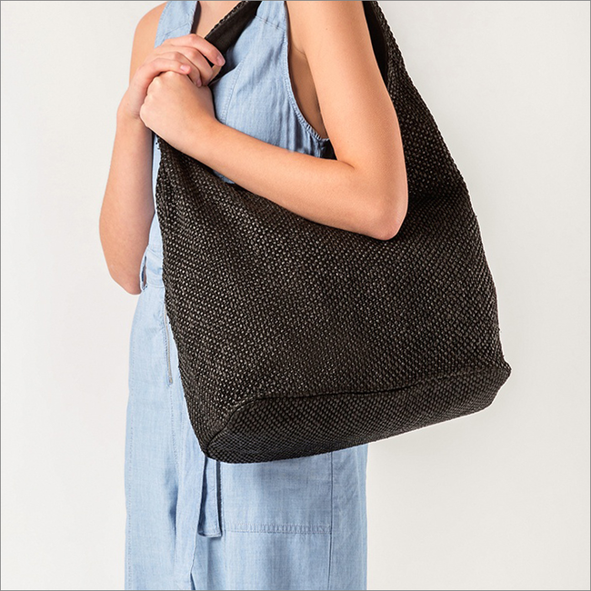 Schwarze UNISA Handtasche ZISLOTE  - large