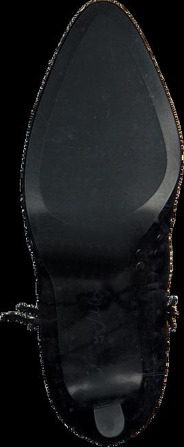 Schwarze LOLA CRUZ Stiefeletten BOTIN T.85 EN ANTE CON REMACHE - large