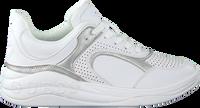 Weiße GUESS Sneaker low SAUCEY  - medium
