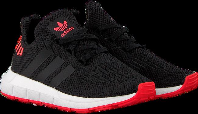 Schwarze ADIDAS Sneaker SWIFT RUN C - large