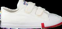Weiße CONVERSE Sneaker low CHUCK TAYLOR ALL STAR 2V OX KI  - medium