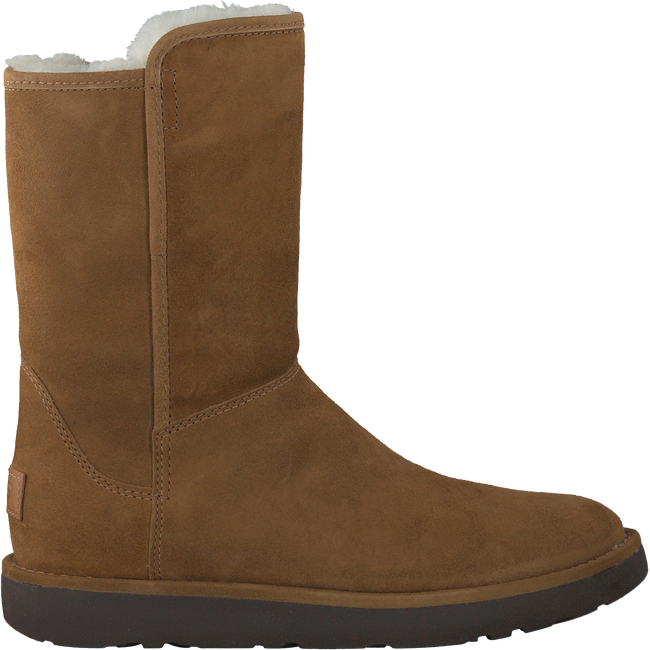 Camelfarbene UGG Winterstiefel ABREE SHORT II - large