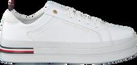 Weiße TOMMY HILFIGER Sneaker low MODERN FLATFORM  - medium