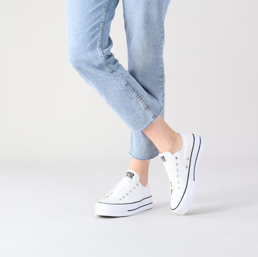 white CONVERSE shoe CHUCK TAYLOR ALL STAR LIFT  - larger
