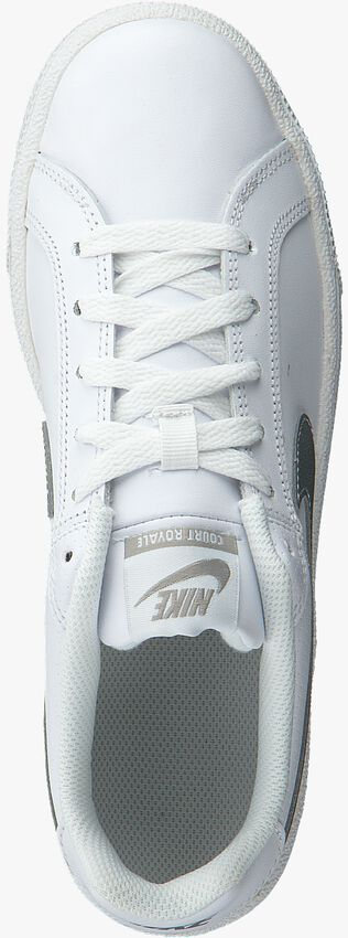 Weiße NIKE Sneaker COURT ROYALE WMNS - larger