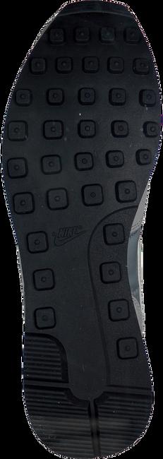 Graue NIKE Sneaker INTERNATIONALIST MEN - large