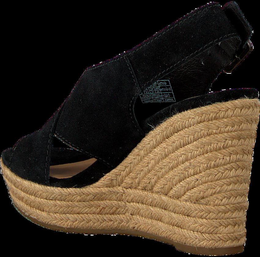 Black UGG shoe HARLOW  - larger